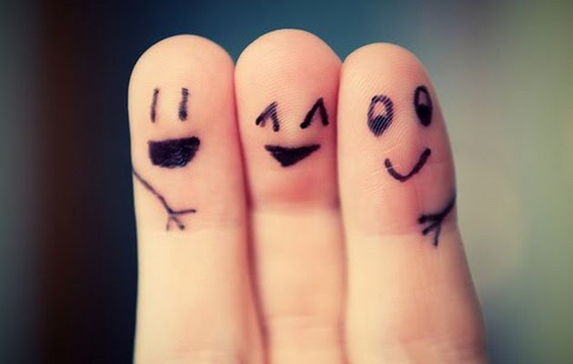 friends-fingers
